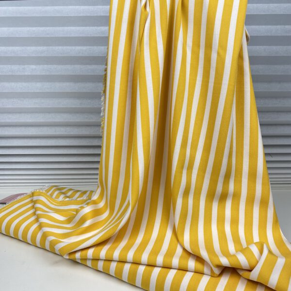Viscosecrepe Stripes gelb